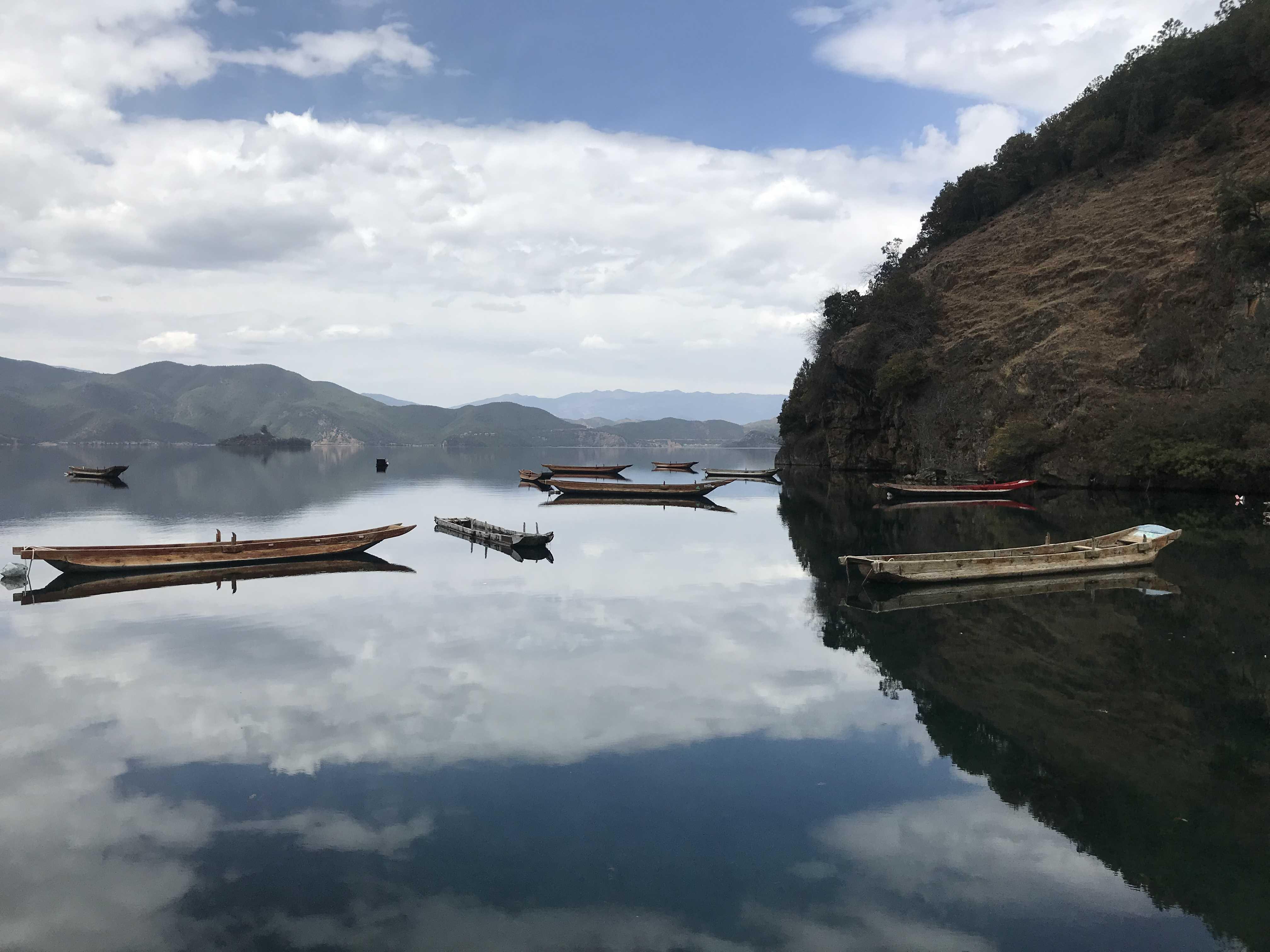 瀘沽湖·靜水流深