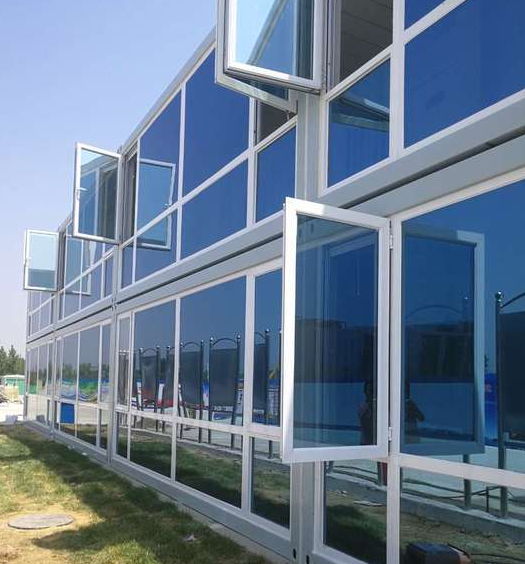 公司產品圖片-玻璃幕箱式房