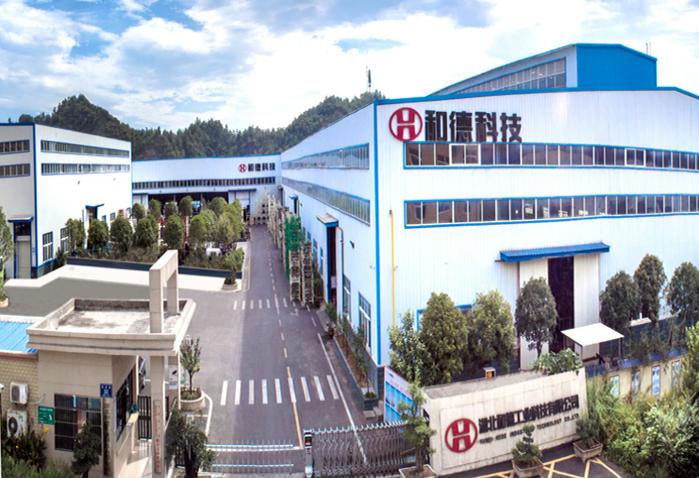 公司位于十堰市东城开发区普林工业园,拥有厂房面积15000平方米,总资产8000多万元,员工200余人,机械设备130台(套),其中国内先进的自动生产线6条。