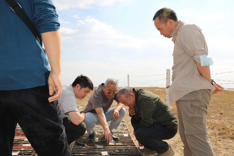 總局地礦專家組到哈巴河金礦基地召開現場研討會