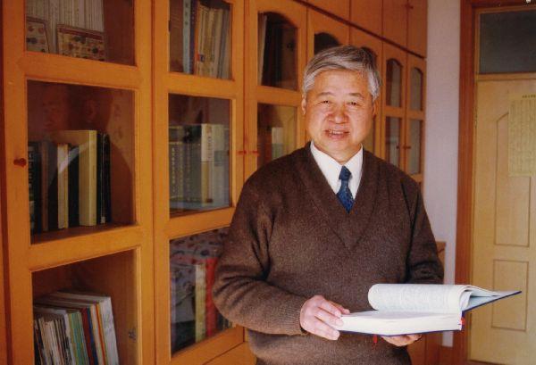 中国科学院许祖彦院士交流指导