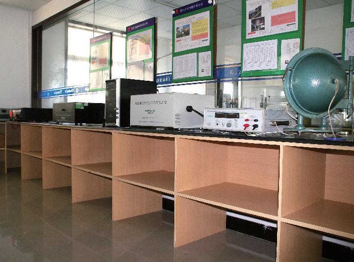 光譜光強檢測室
