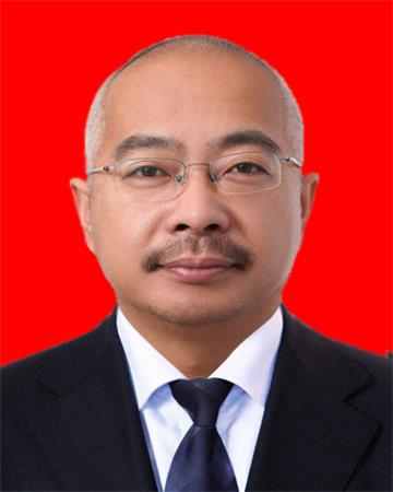 李志强    学校管理中心 执行校长