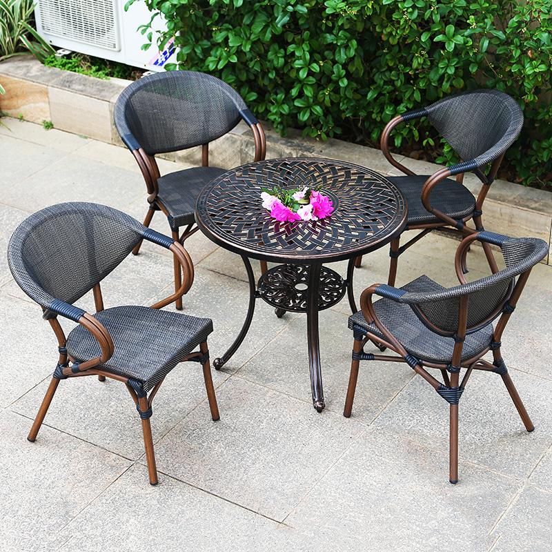 庭院铸铝桌椅的优缺点