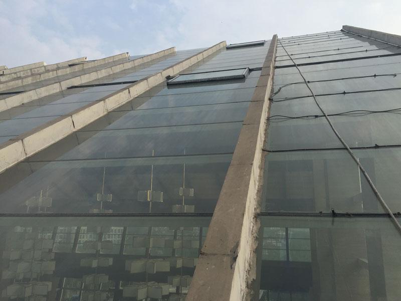 玻璃頂隔熱膜_天頂玻璃隔熱膜_黑龍灘洲際酒店二期