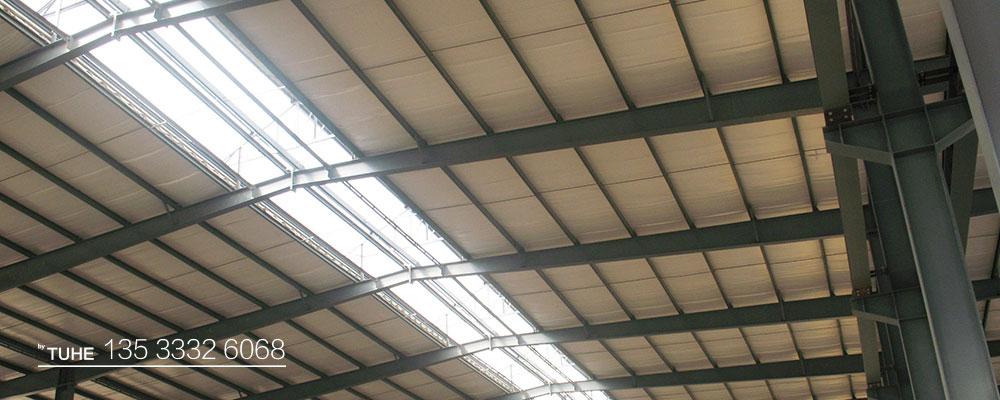钢结构厂房屋顶示例图