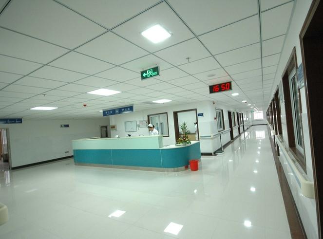 医院用洗地机(杀菌、低噪音)创造更高品质的清洁环境