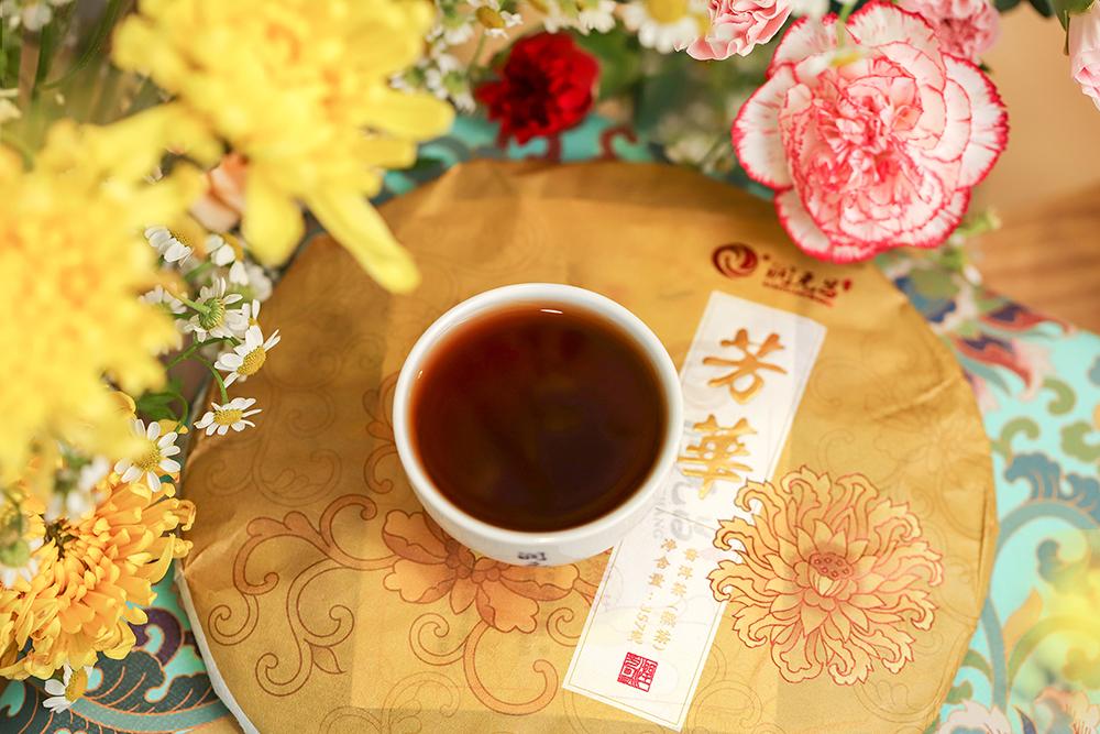 润元昌芳华熟饼-IMG_5755