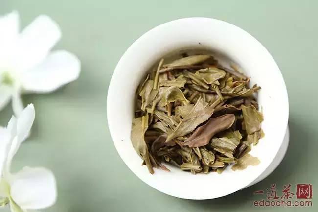 润元昌108第三泡普洱茶茶汤