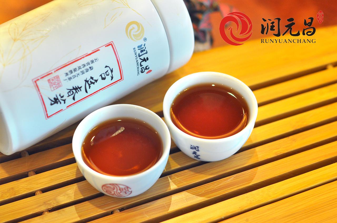 润元昌2015年宫廷春芽普洱熟茶5