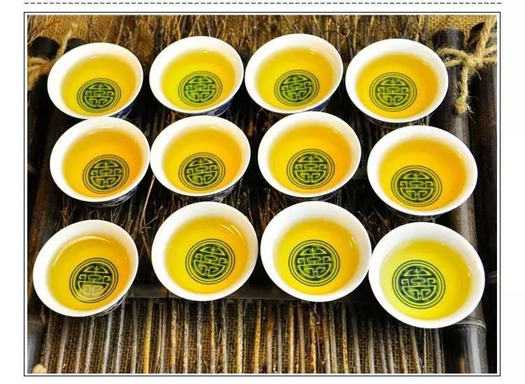 润元昌2013年云南勐海生态竹筒茶