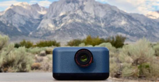 SOC710-VP hyperspectral imaging system with mountain range and desert in background