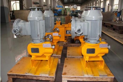 LRA係列液壓隔膜計量泵係列液壓隔膜計量泵--防爆電機防爆電機