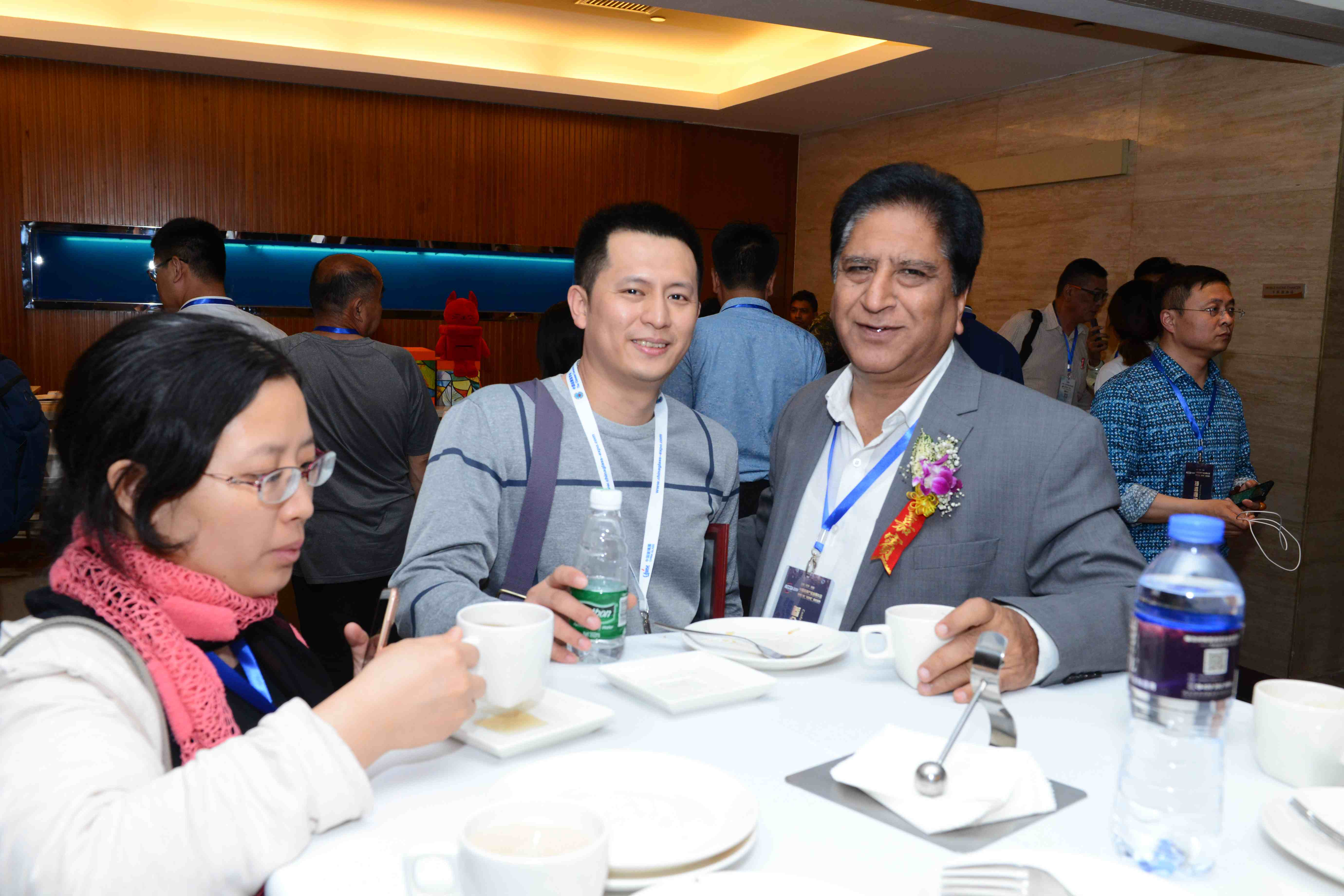 中国玻璃产业发展年会文图-中国玻璃产业发展年会文图-外国嘉宾