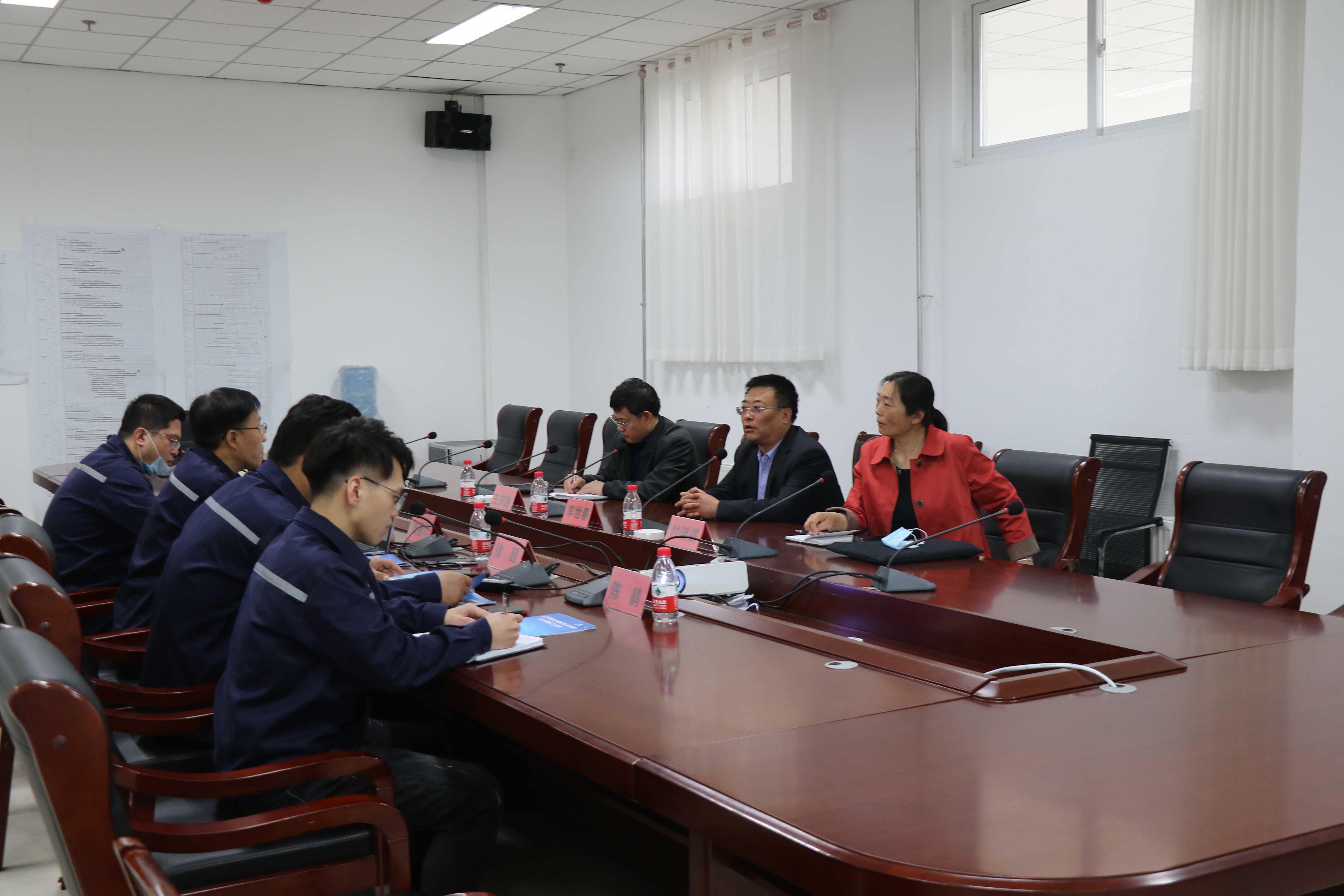 公司与乐亭县综合职业技术学校领导校企交流-071A6228