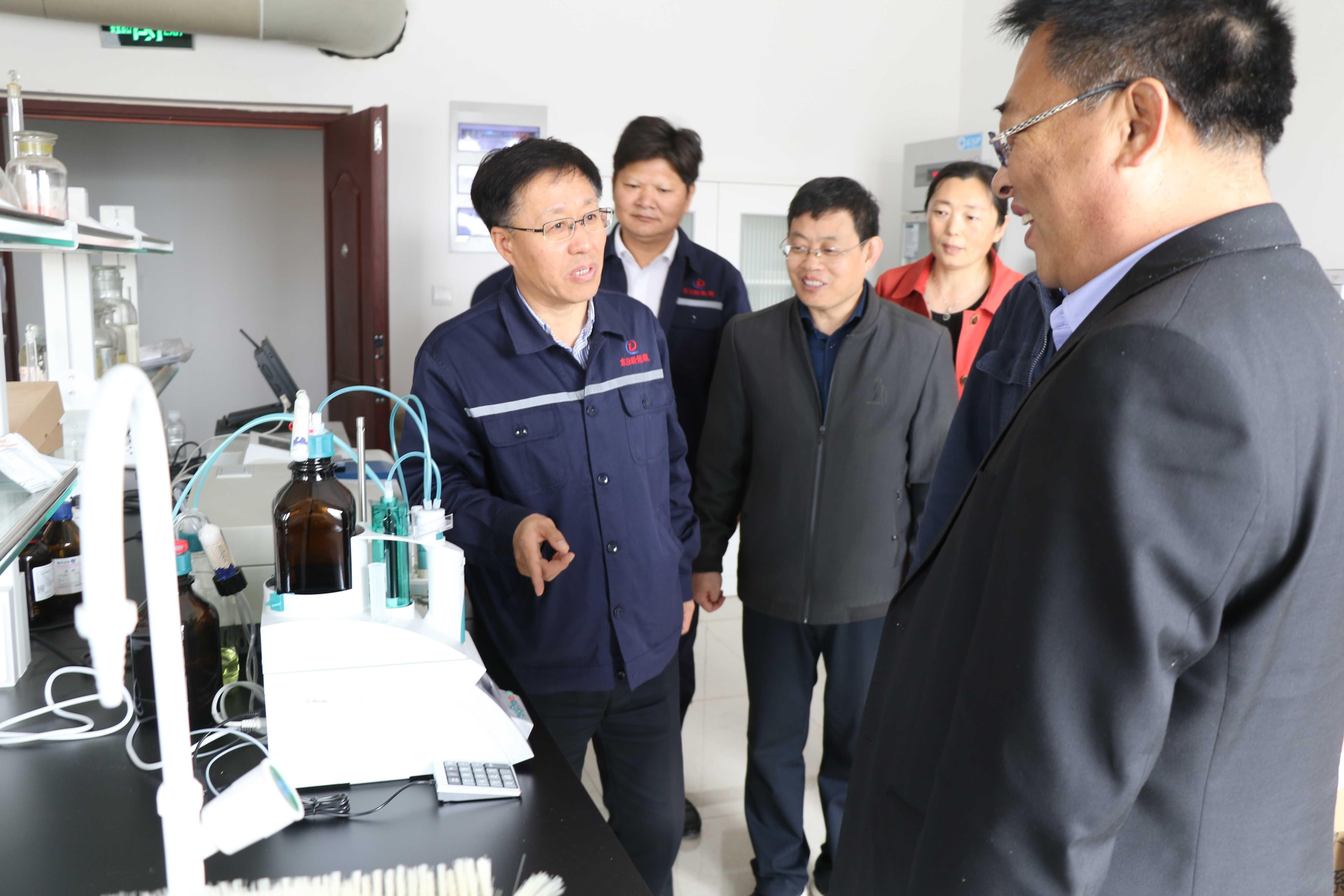公司与乐亭县综合职业技术学校领导校企交流-071A6255