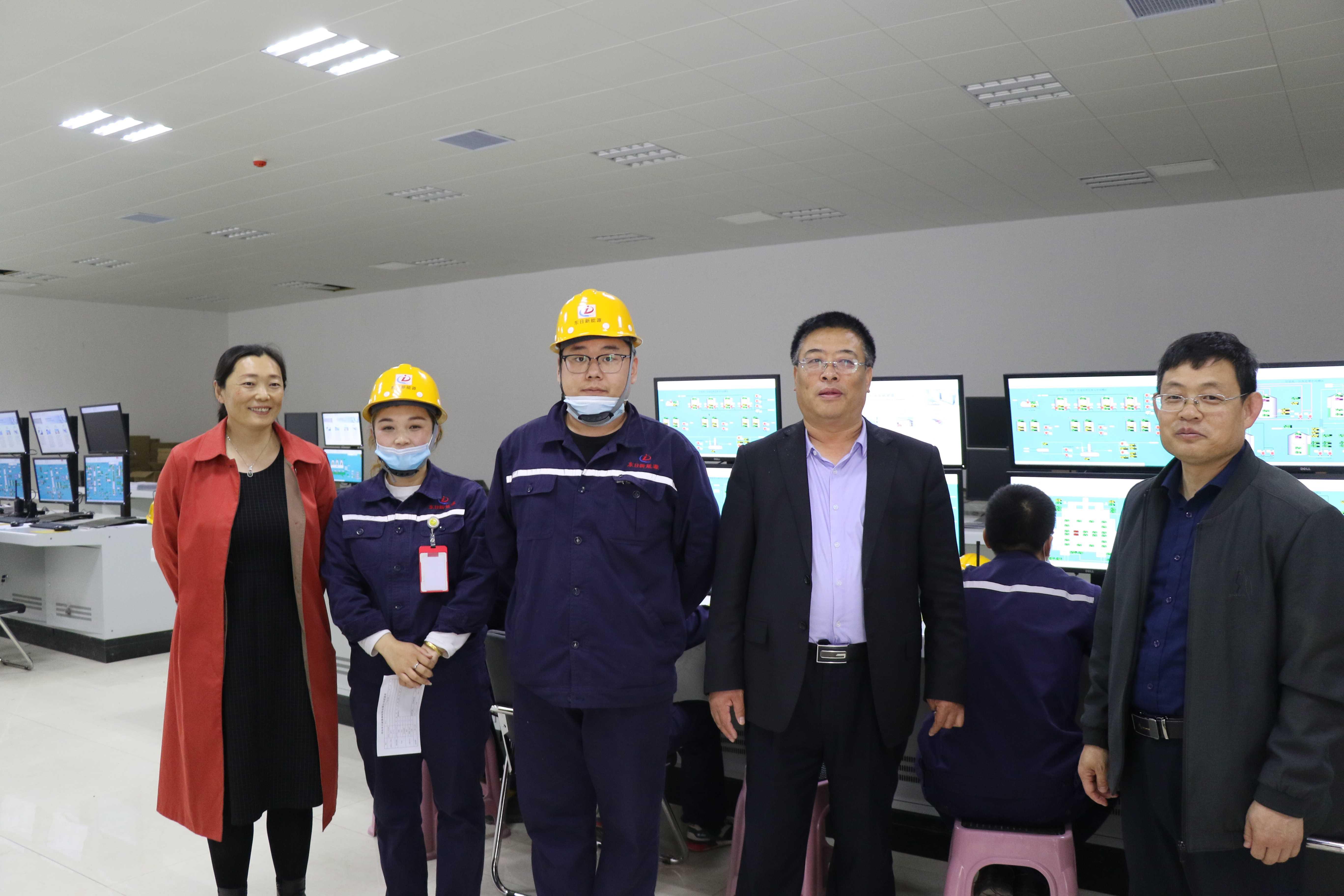 公司与乐亭县综合职业技术学校领导校企交流-071A6272