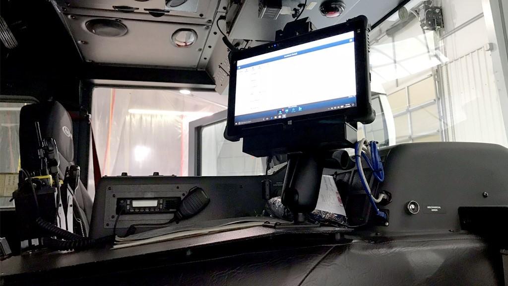 玮盈消防车用加固平板电脑