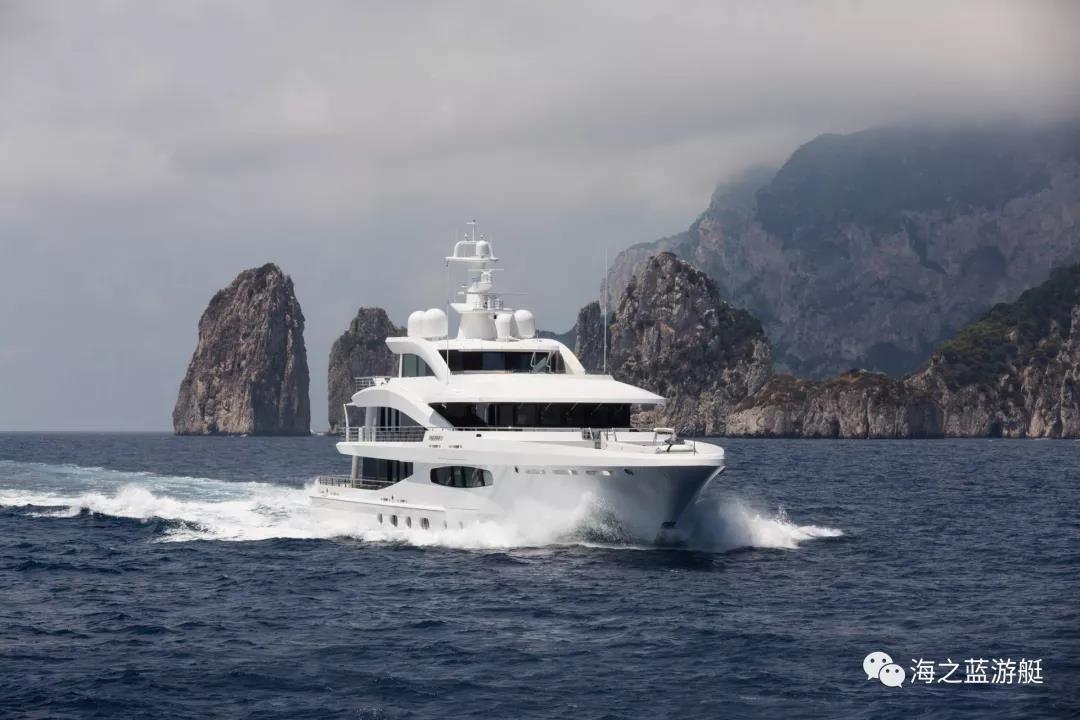 遨慕世VOLPINI2:全球首艘符合TierIII标准的混合动力超级游艇-23