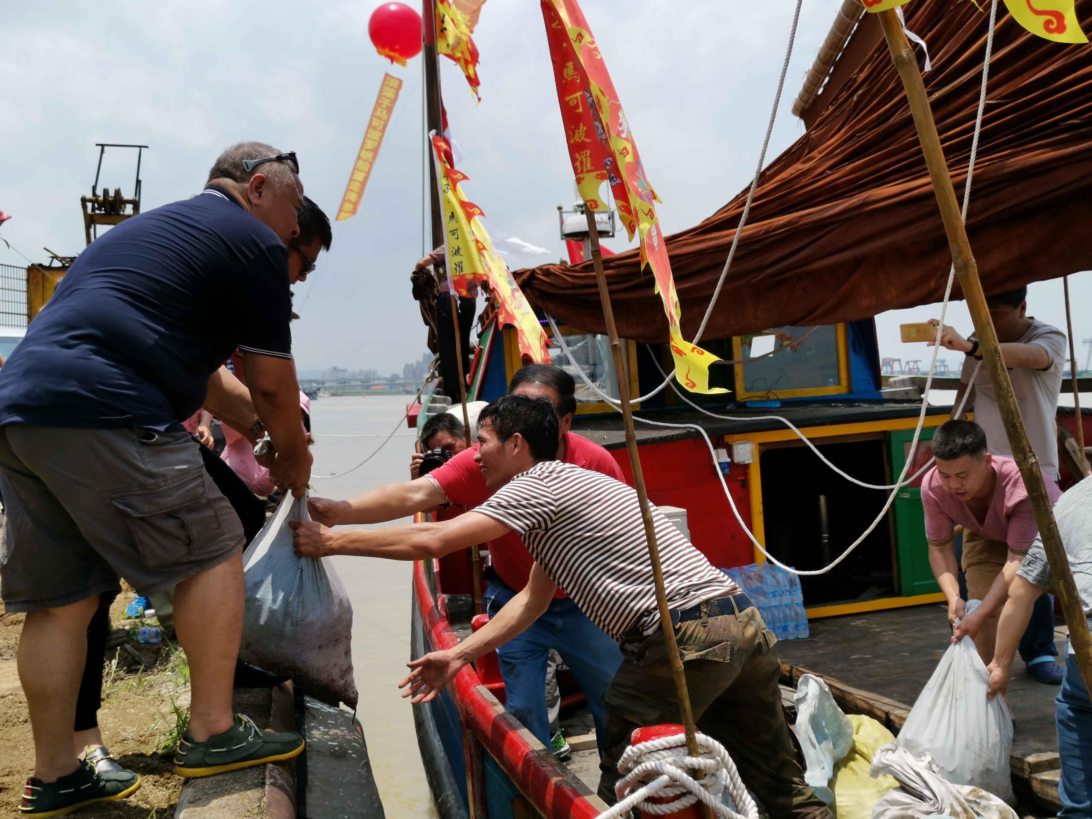 翘首以盼,中式帆船今日下水,即将重走海上丝绸之路!-37