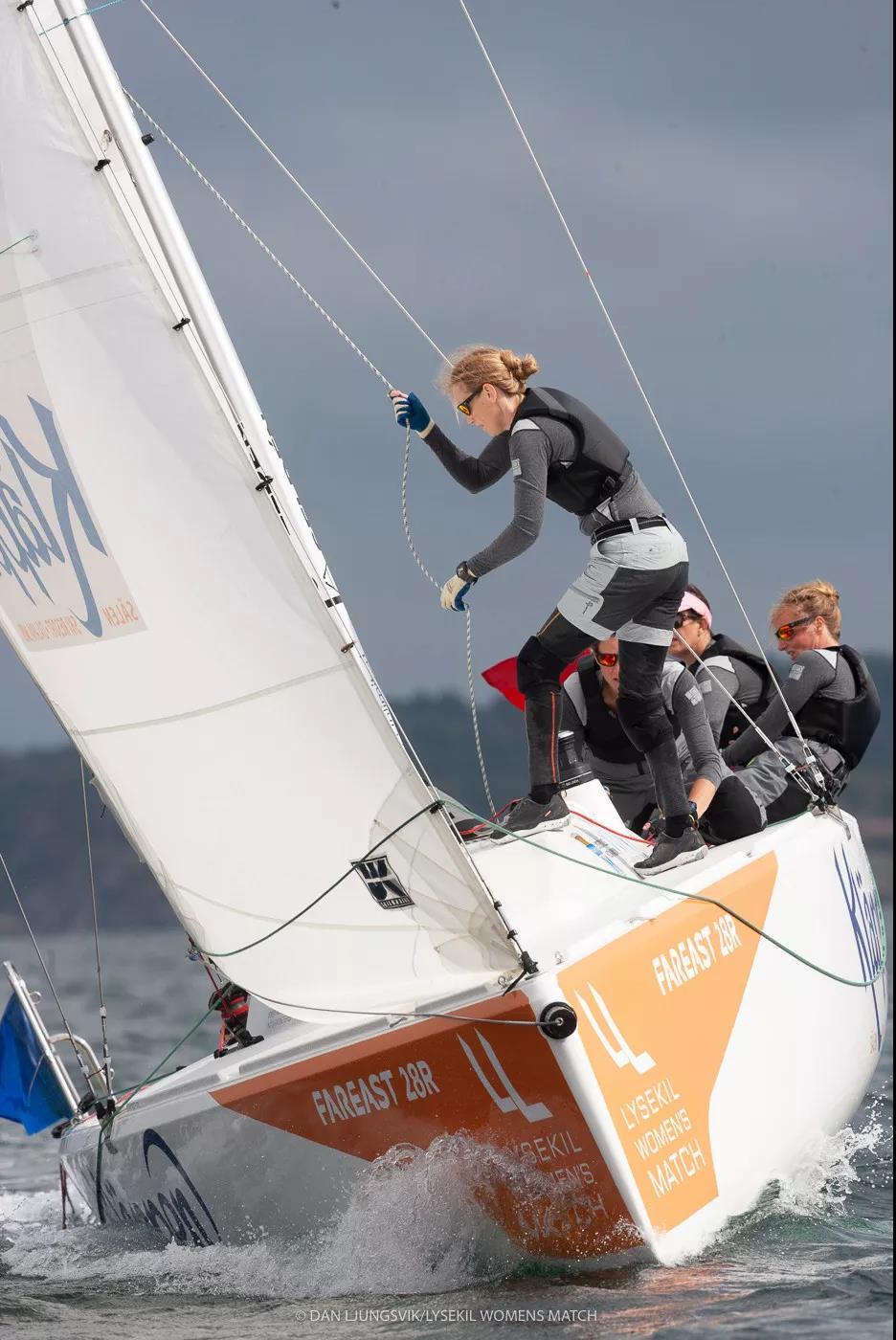 珐伊28R成为顶级女子对抗赛指定用船-8