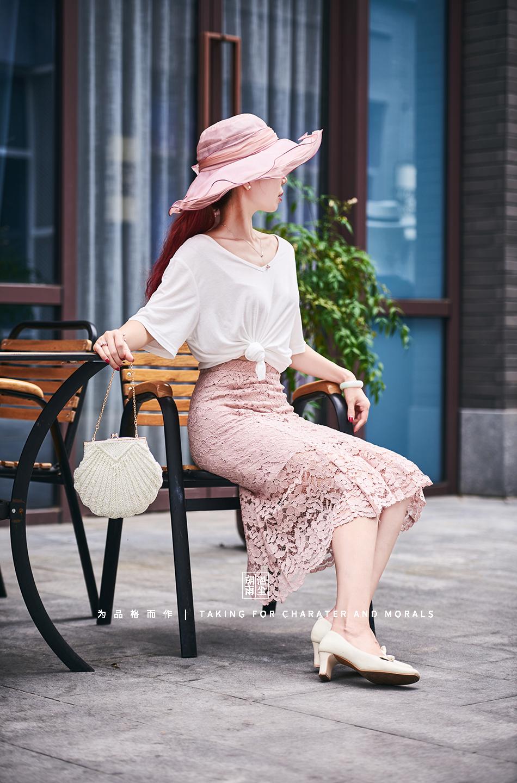 女装摄影-蕾丝粉色花裙套装-2
