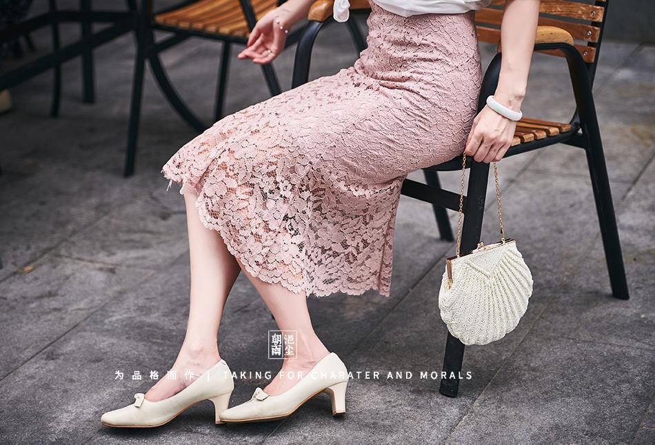 女装摄影-蕾丝粉色花裙套装01