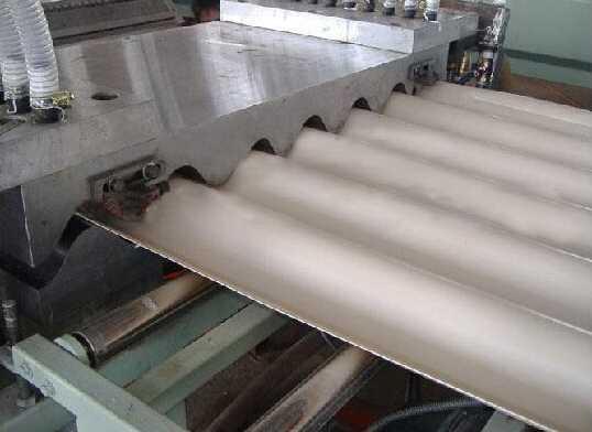 PVC波浪板生产线3
