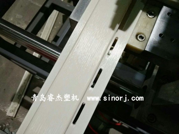 PVC外墙挂板生产线PVC欧式外墙挂板设备2