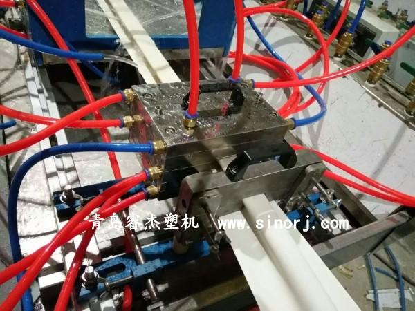PVC外墙挂板生产线PVC欧式外墙挂板设备1
