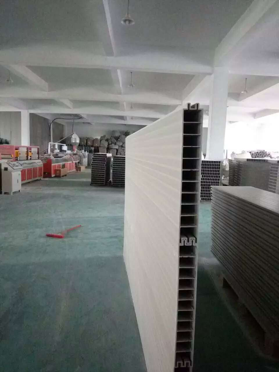PVC木塑隔墙板生产线木塑隔墙板设备轻质隔墙板生产机械5