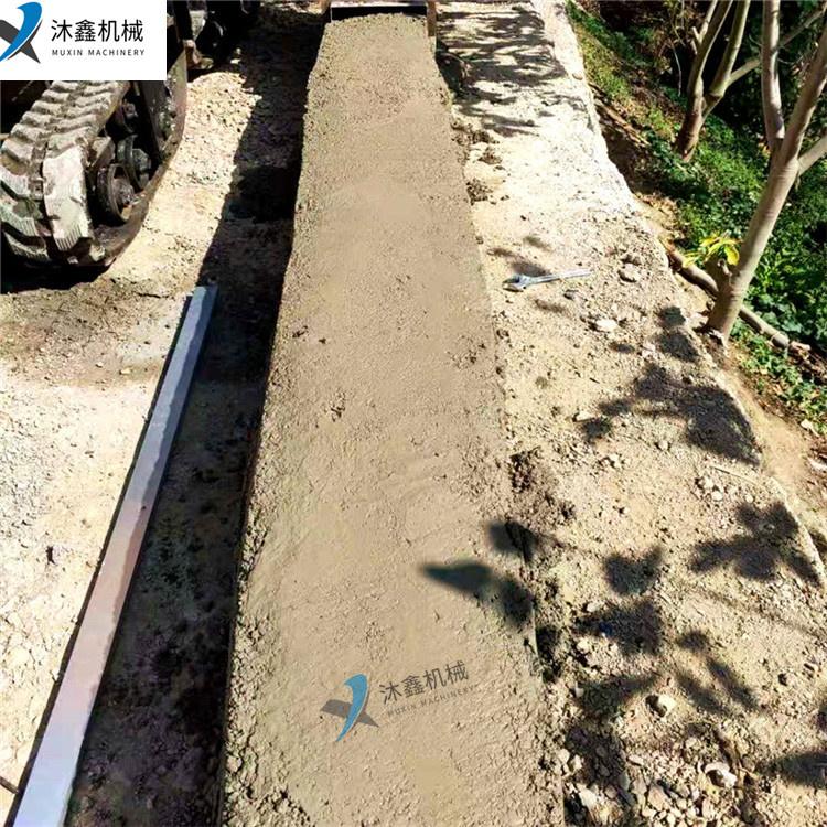 路缘石滑膜机