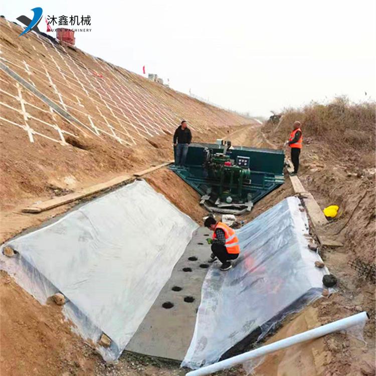 高铁排水渠滑模机