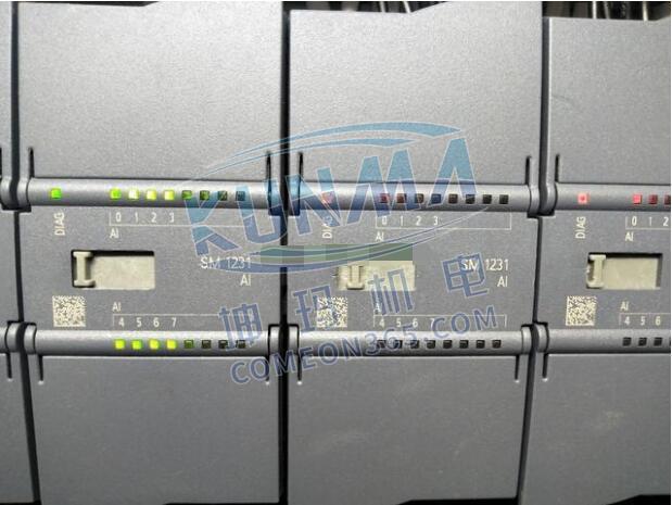 PLC上电下程序后故障红灯亮怎么办?图片2