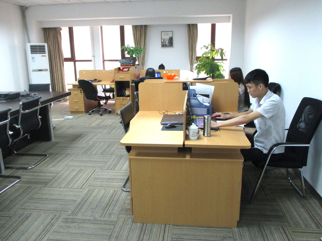 公司办公设施
