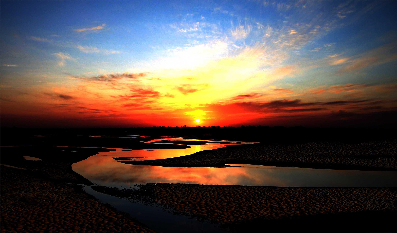 弱水河風光-長河落日