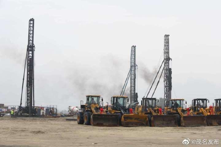 0323集团官网茂名烷烃资源综合利用porject桩基工程开动-全景3