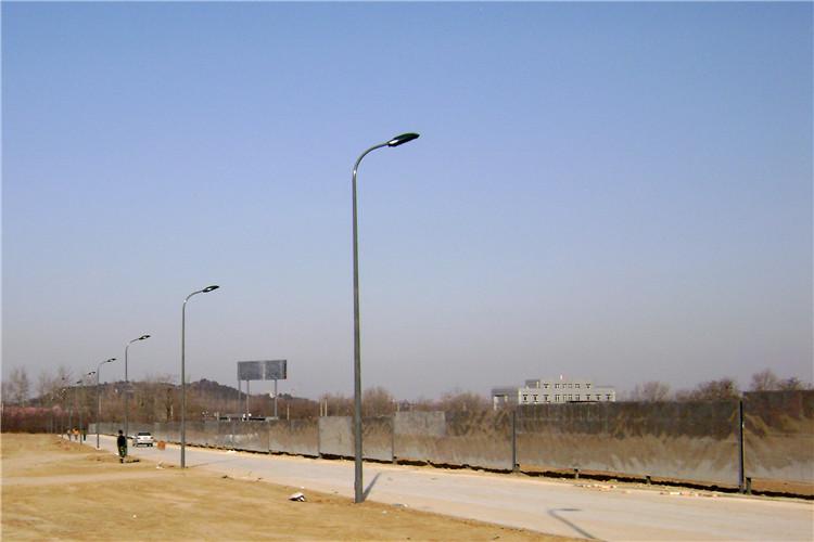 金五星雪場道路燈