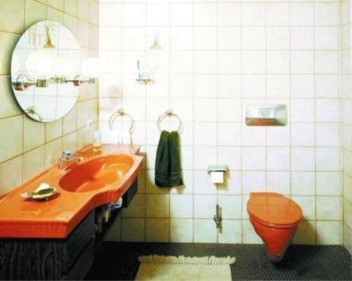 小卫生间间怎么装修?怎么装修小卫生间更大?-1
