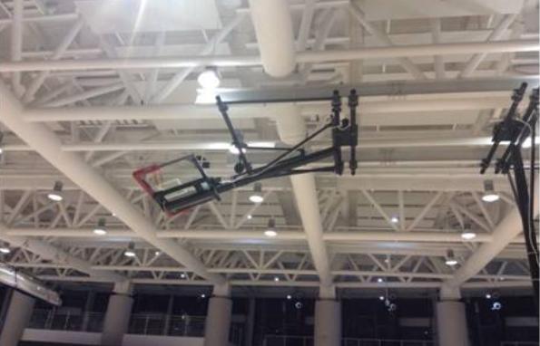 电动悬空式篮球架