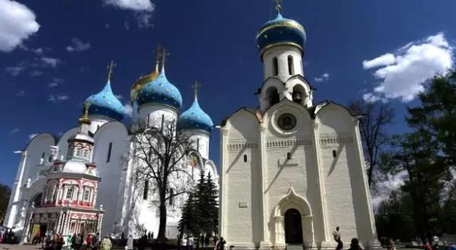 谢尔盖耶夫圣三一修道院