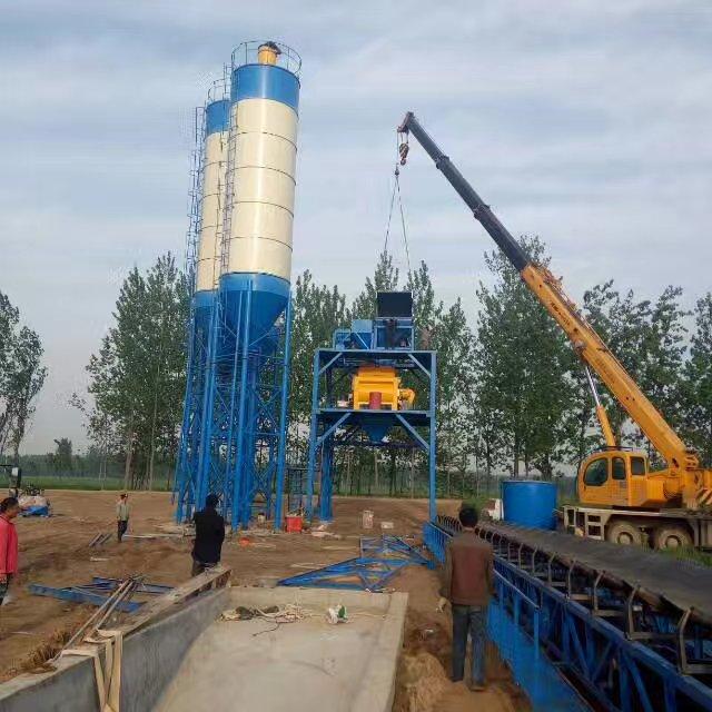 山东曹县HZS120型混凝土搅拌站现场