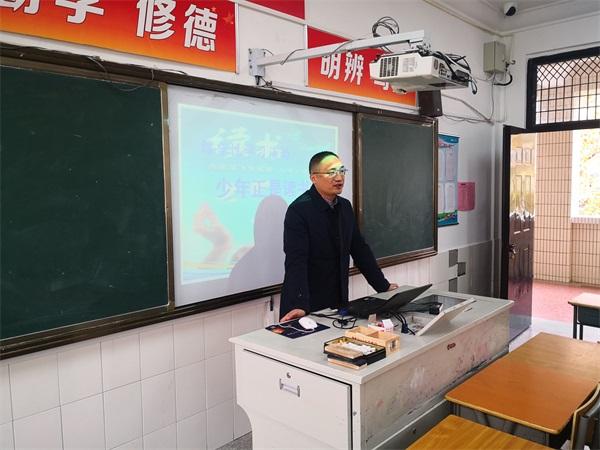 15陈峰副主任在示范备课