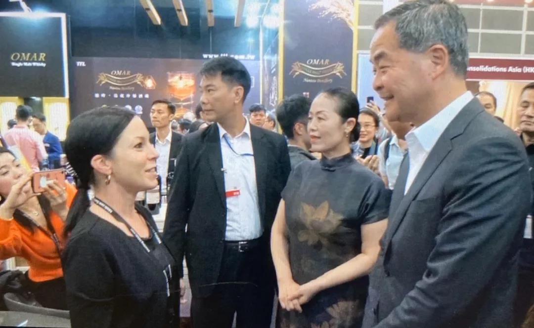 香港美酒展期间落下实锤:香港与宁夏两地强强联手发展葡萄酒贸易-12