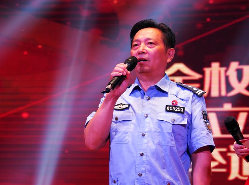 张茂斌家庭代表分享文明家庭的幸福密码。