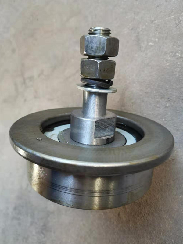Φ100轴承钢有边轮2