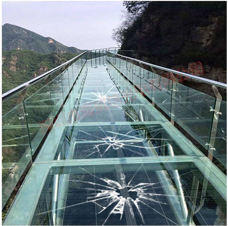 led玻璃栈道互动特效屏_