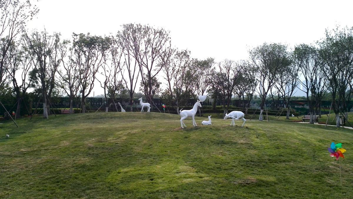 锦绣天下展示区雕塑-3