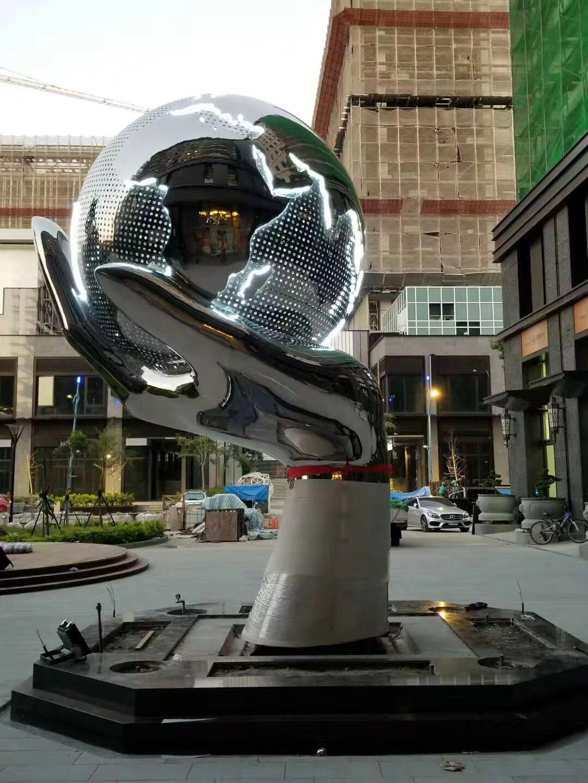 不銹鋼雕塑3