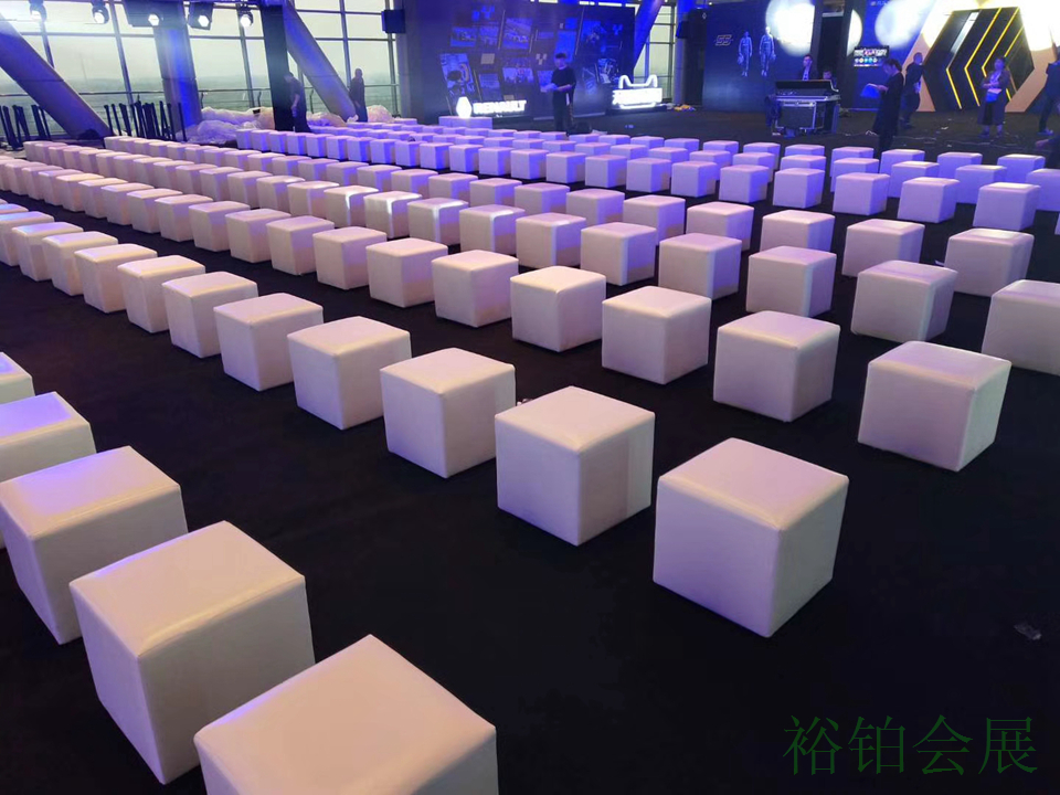 单人白色沙发凳-4